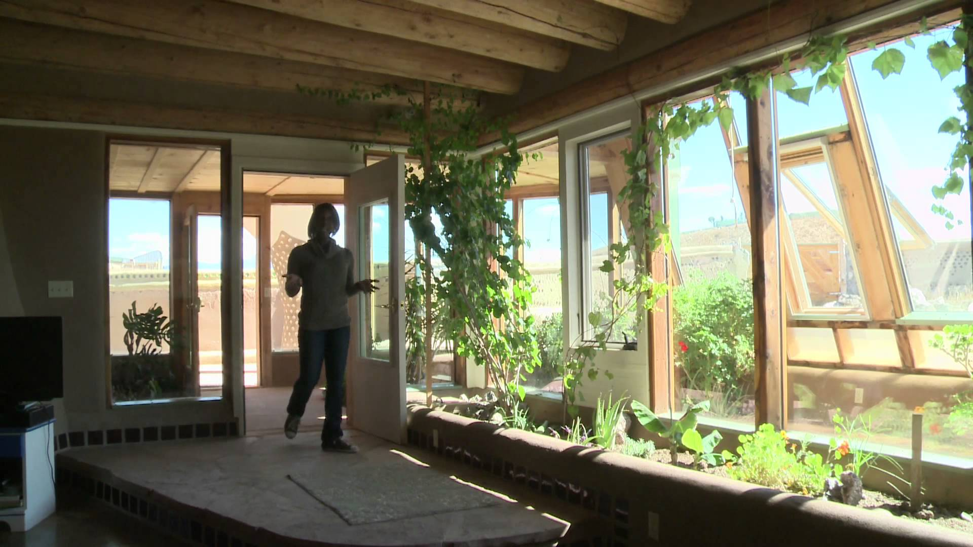 Garbage Homes Earthships Environoego Protect The Planet